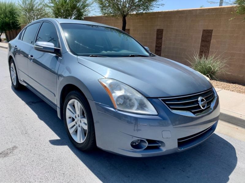 Nissan Altima 2012 price $9,500