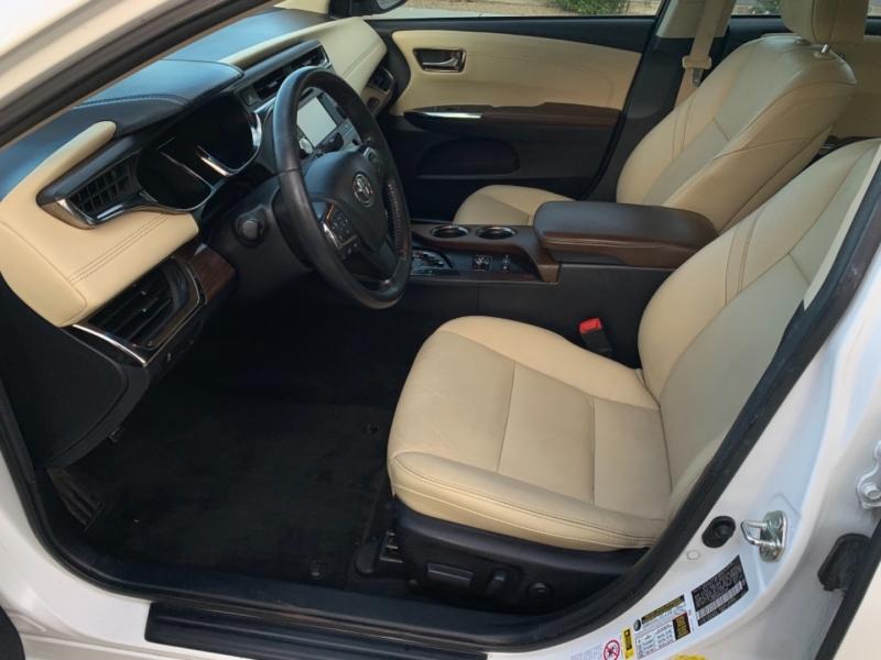 Toyota Avalon Hybrid 2014 price $17,950