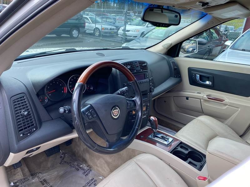 Cadillac SRX 2005 price $4,990
