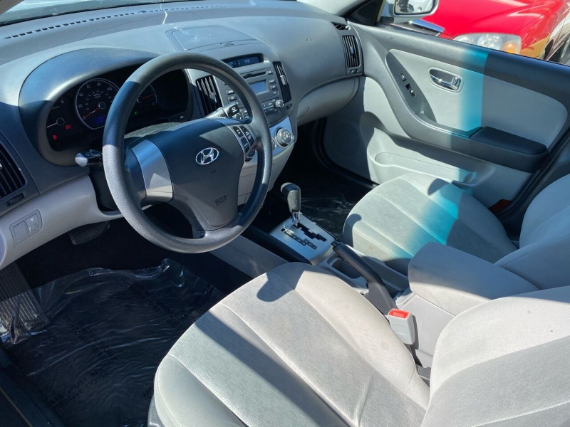 Hyundai Elantra 2010 price $3,499