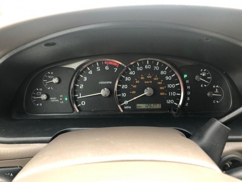 Toyota Sequoia 2005 price $6,990