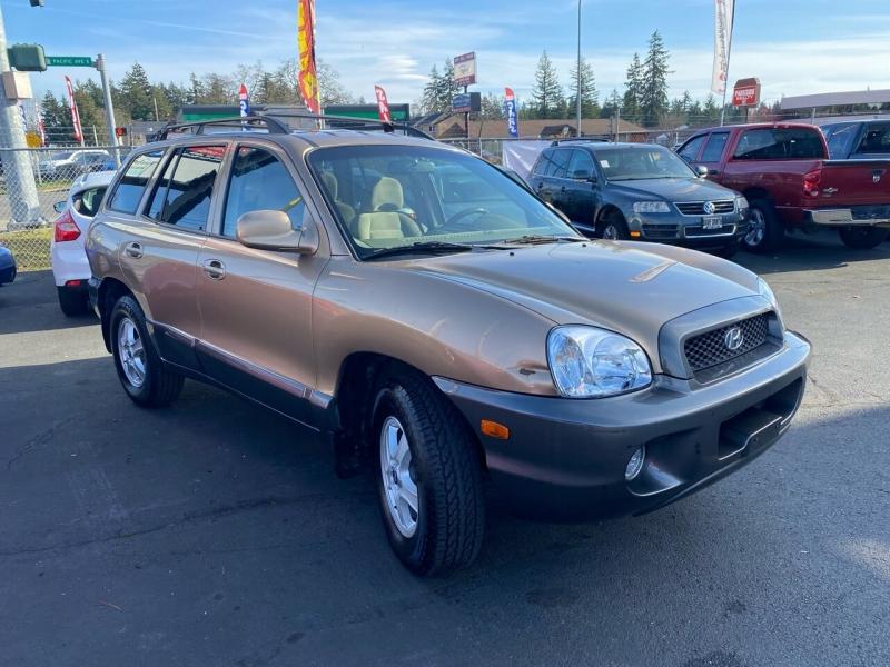 Hyundai Santa Fe 2002 price $2,990