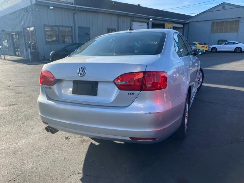 Volkswagen Jetta 2011 price $6,499