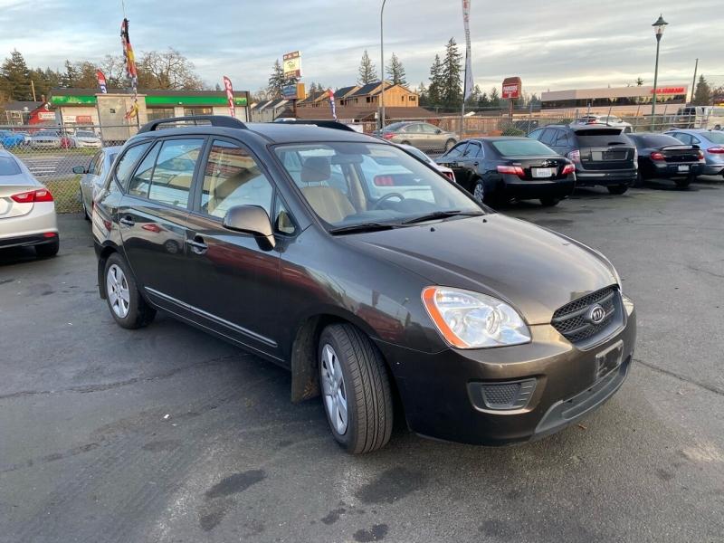 Kia Rondo 2009 price $5,990