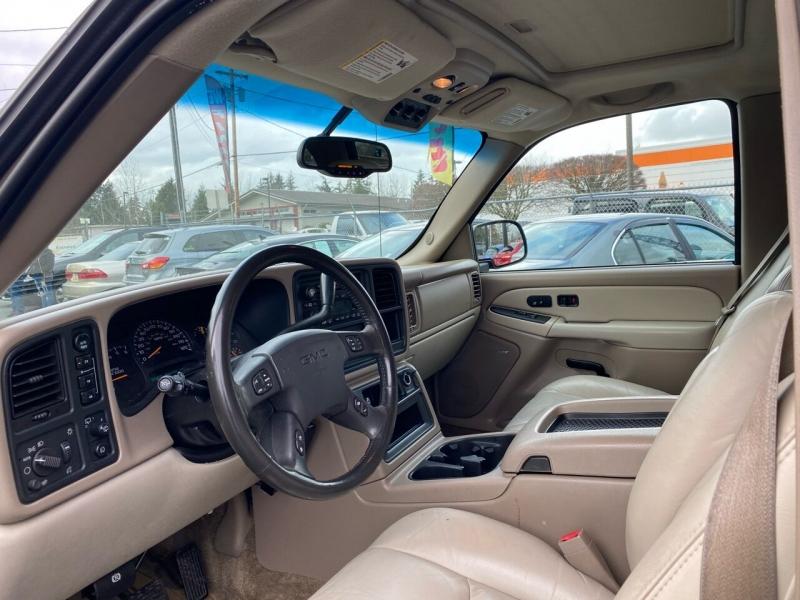 GMC Yukon XL 2003 price $4,590