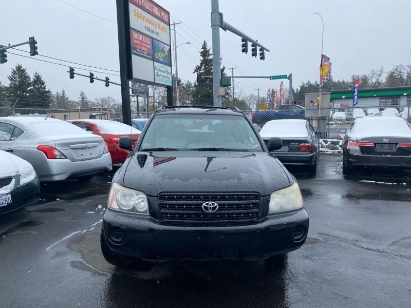 Toyota Highlander 2003 price $5,990