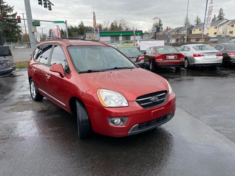 Kia Rondo 2007 price $4,990