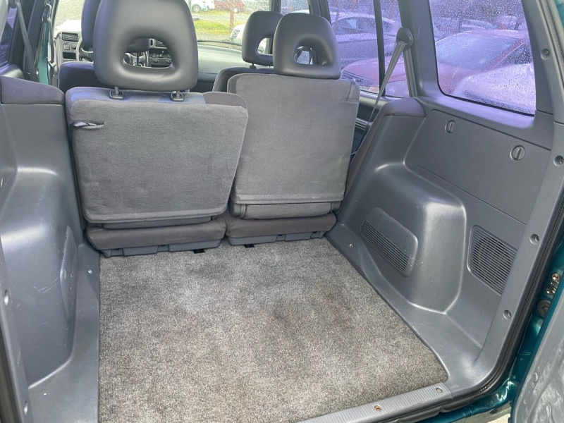 Toyota RAV4 1996 price $2,990