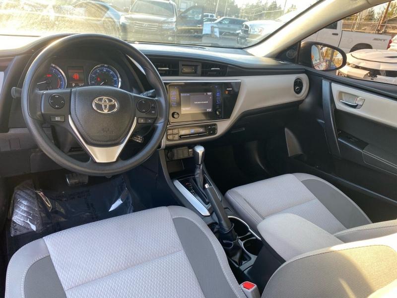 Toyota Corolla 2017 price $11,990