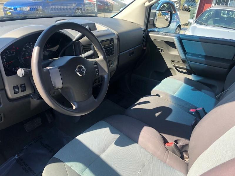 Nissan Titan 2005 price $6,990