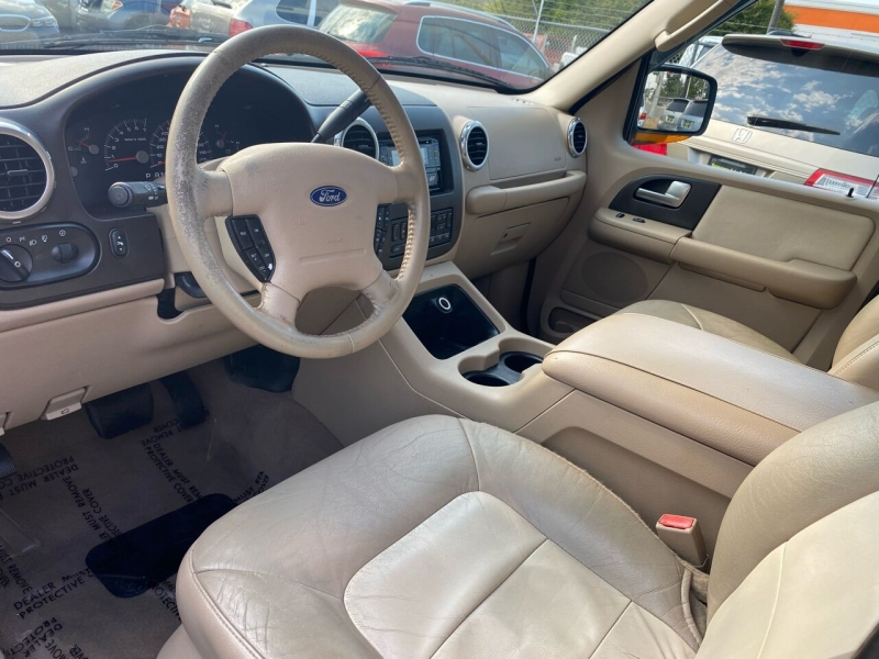 Ford Expedition 2004 price $4,990