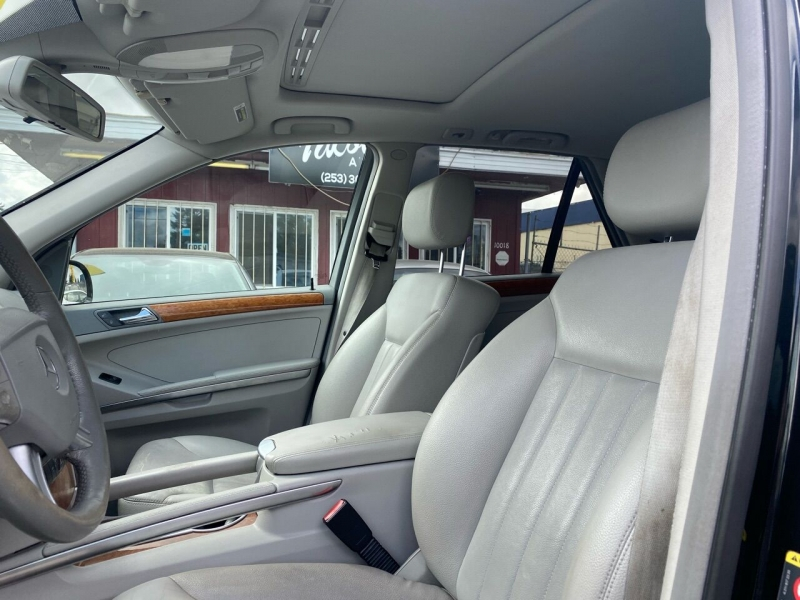 Mercedes-Benz M-Class 2006 price $8,990