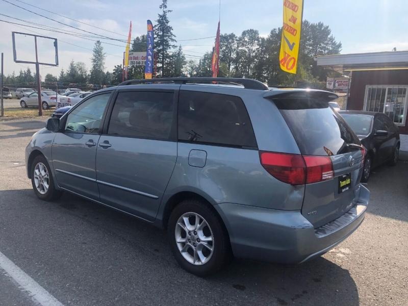 Toyota Sienna 2005 price $5,990
