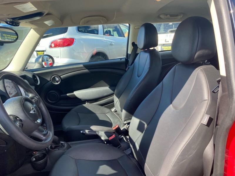 MINI Cooper 2011 price $6,990
