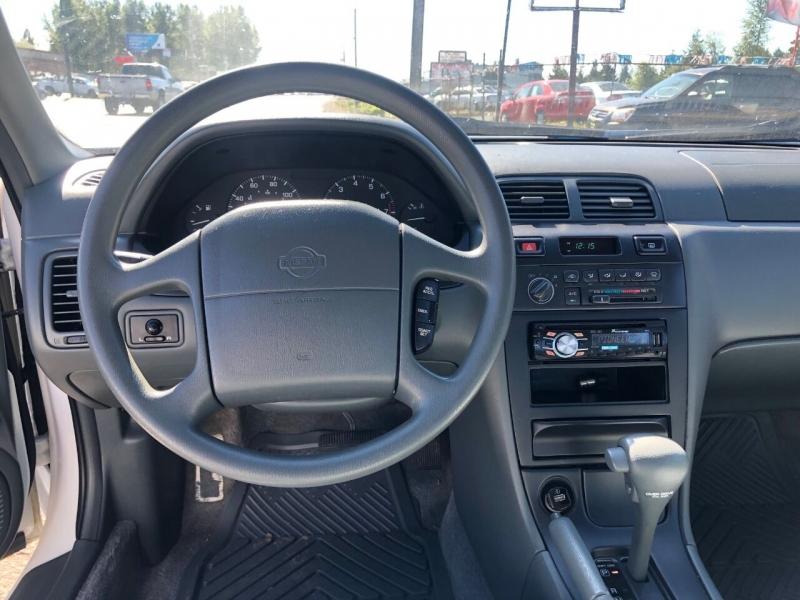 Nissan Maxima 1996 price $2,990