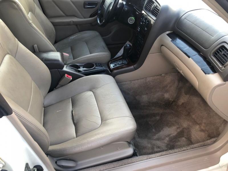 Subaru Outback 2002 price $2,490