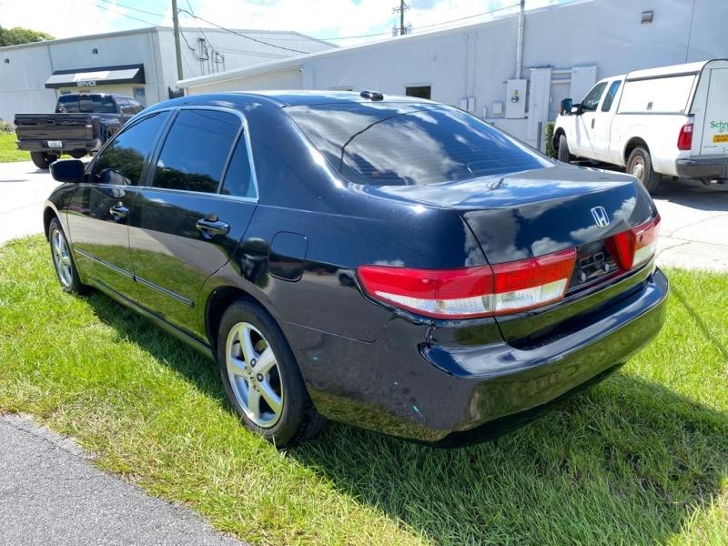 HONDA ACCORD 2004 price $3,699