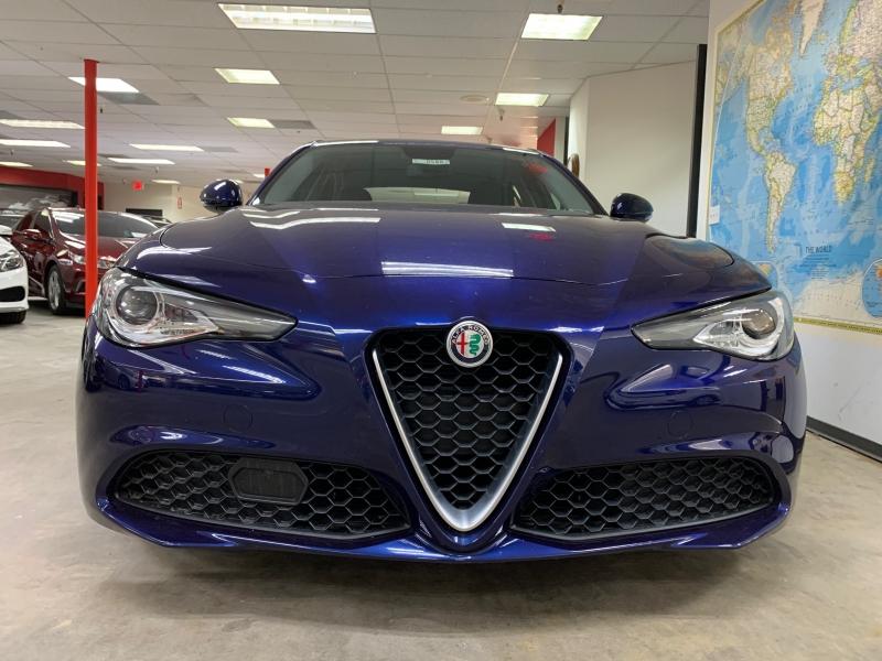 Alfa Romeo Giulia 2017 price $23,200