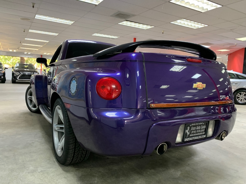 Chevrolet SSR 2004 price $20,500