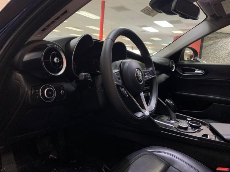 Alfa Romeo Giulia 2017 price $23,000