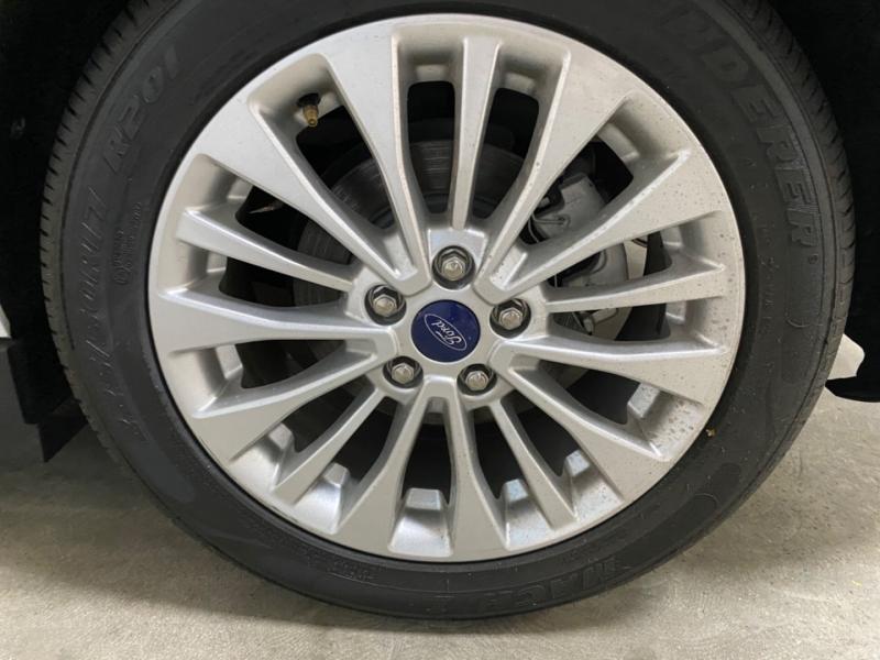 Ford C-Max Hybrid SE 2017 price $10,900