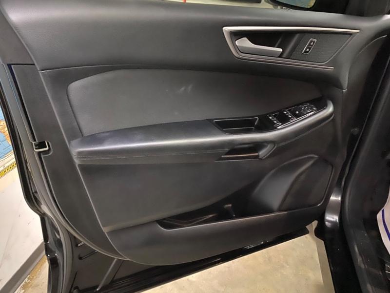 Ford Edge SEL 2017 price $19,500