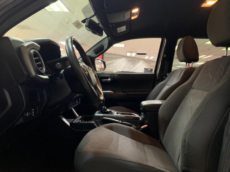 Toyota Tacoma Double Cab TRD Sport 2016 price $30,500