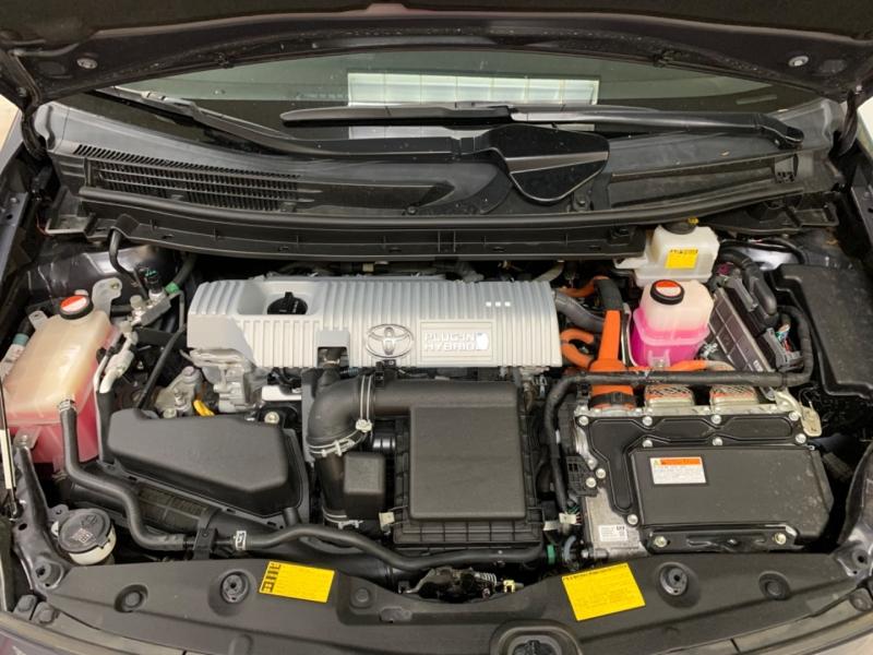Toyota Prius Plug-In Hybrid 2015 price $12,500