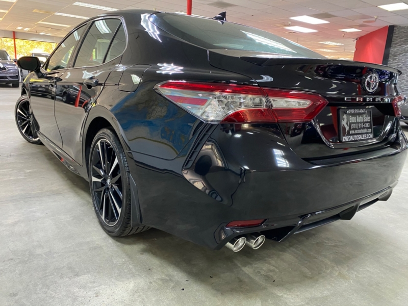 Toyota Camry XSE 2019 price $26,900