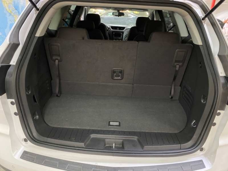 Chevrolet Traverse LT 2017 price $22,900
