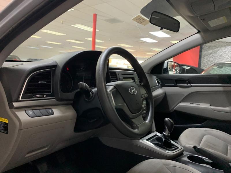 Hyundai Elantra SE Manual 2018 price $10,800