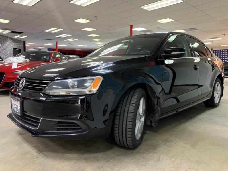 Volkswagen Jetta 2.0L TDI 2013 price $8,700