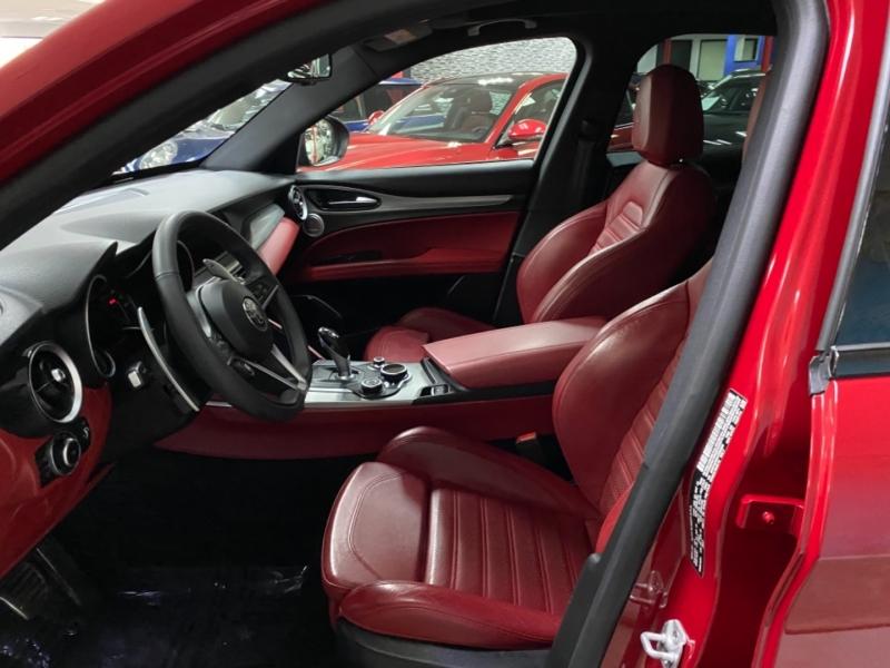 Alfa Romeo Stelvio Ti Sport AWD 2018 price $30,900