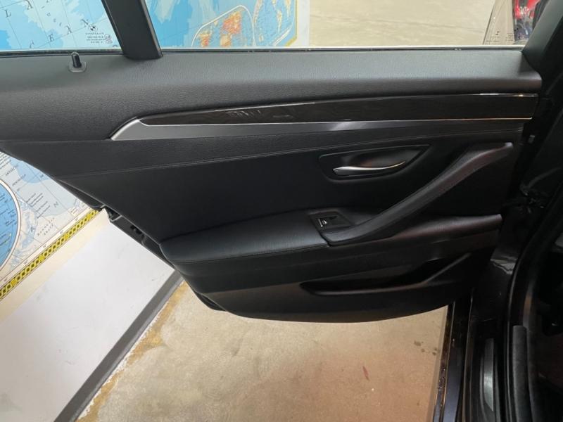 BMW 5-Series 528i xDrive AWD 2016 price $17,800