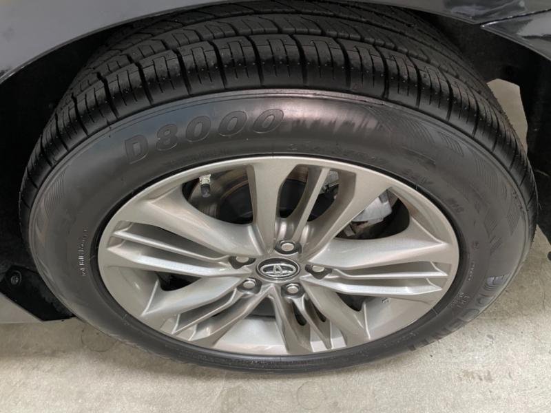 Toyota Camry SE 2017 price $13,000