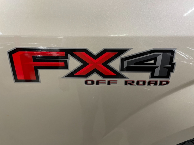 Ford F-150 SuperCrew XLT 4WD 2017 price $36,800