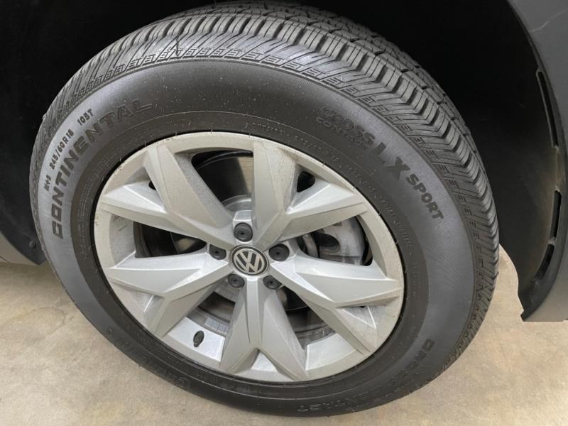 Volkswagen Atlas SE 4Motion w/Tech 2019 price $28,000