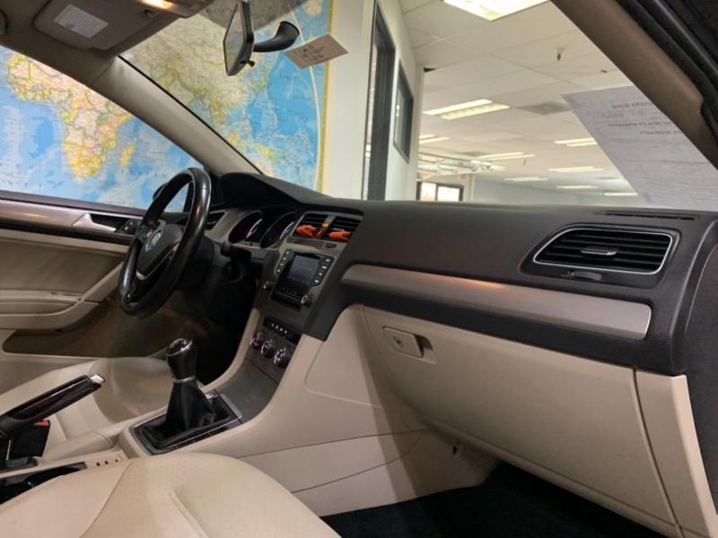 Volkswagen Golf Sportwagen TDI SE 2015 price $13,800