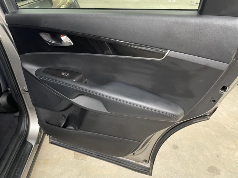 Kia Sorento LX AWD 2018 price $17,800