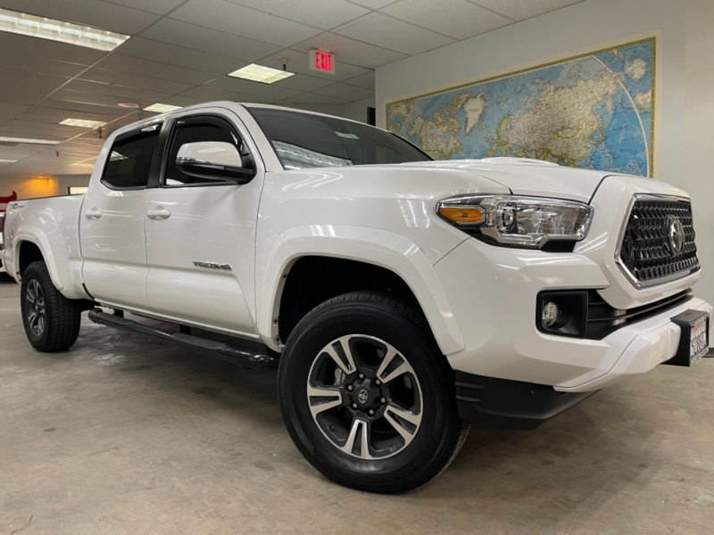 Toyota Tacoma Double Cab TRD Sport 2019 price $31,900