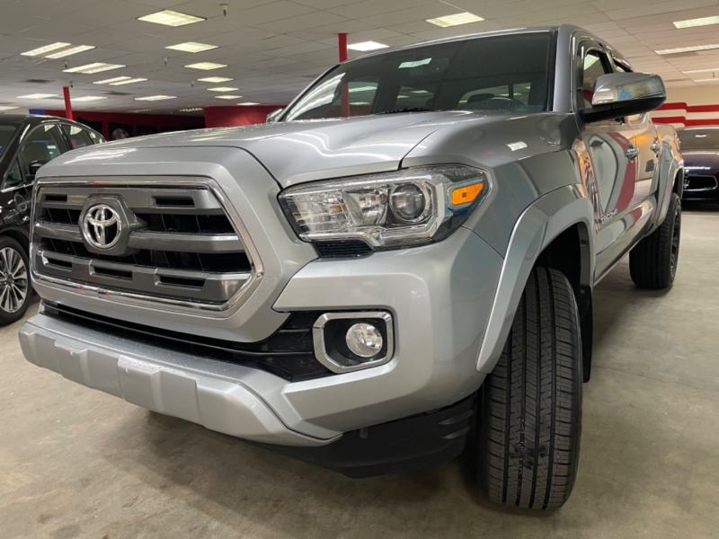 Toyota Tacoma Double Cab Limited 4WD 2016 price $29,900