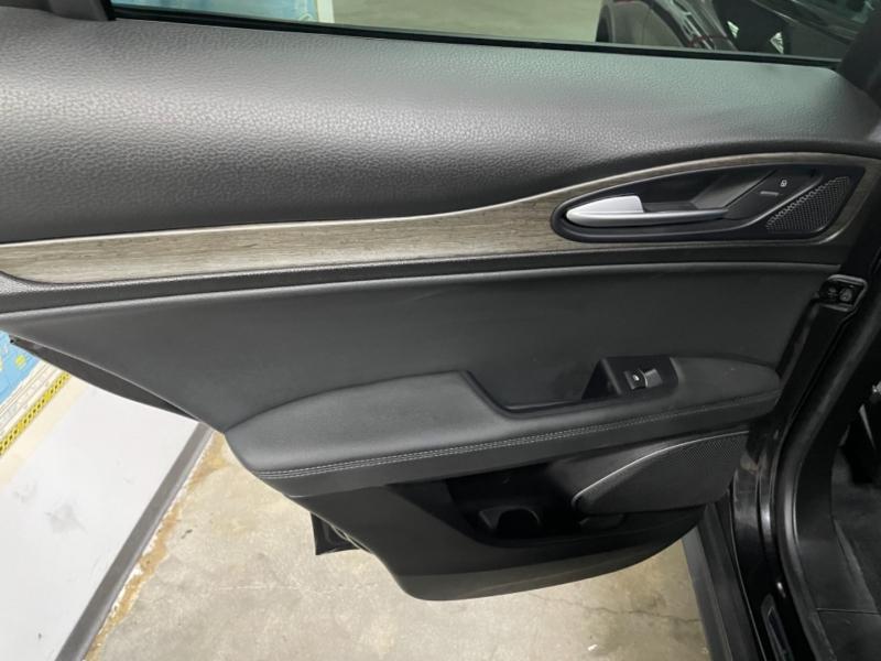 Alfa Romeo Stelvio Ti Sport AWD 2018 price $27,900