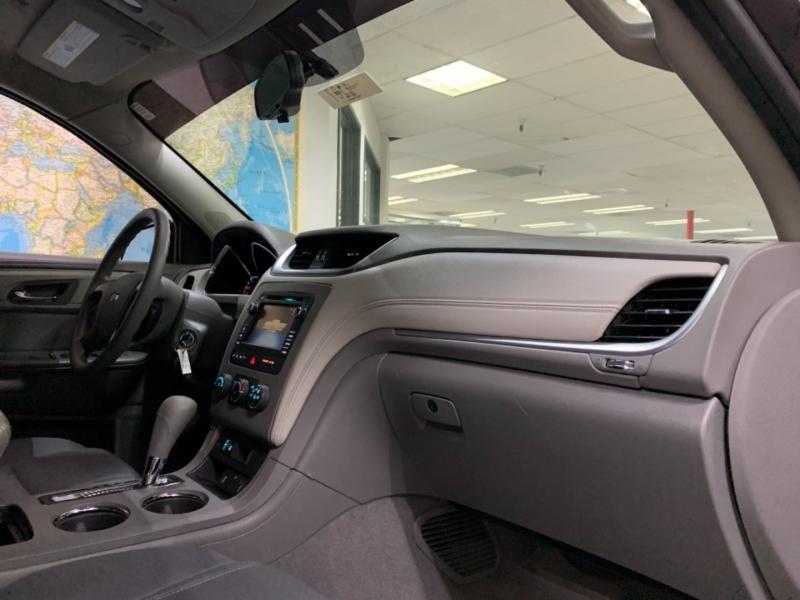 Chevrolet Traverse LS AWD 2015 price $15,500