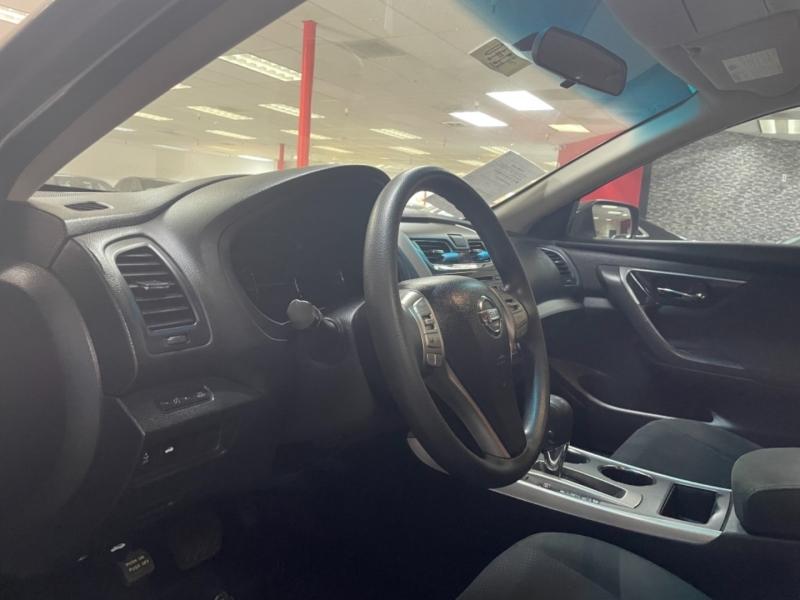 Nissan Altima S 2015 price $11,500