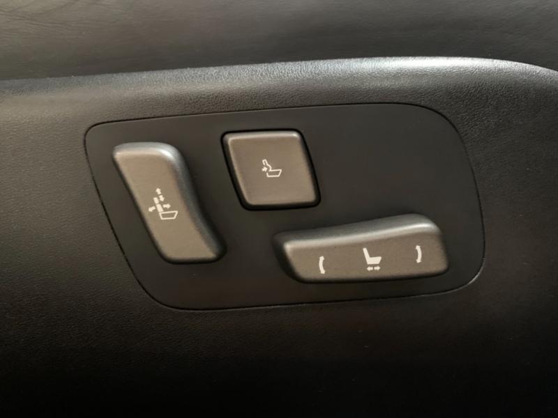 Lexus LS 460 2012 price $19,900