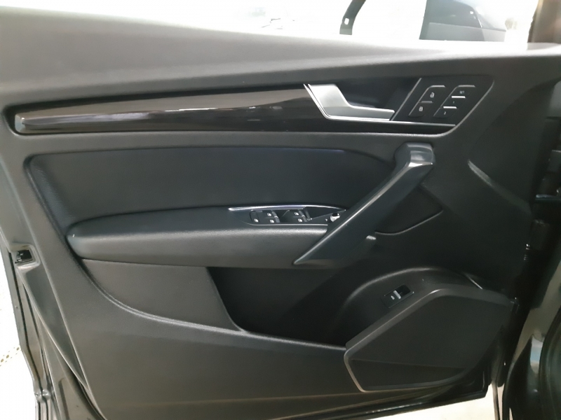 Audi Q5 Premium AWD 2018 price $29,900
