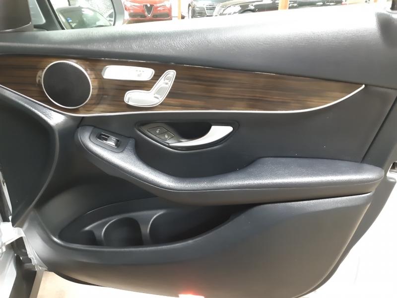 Mercedes-Benz GLC 300 4MATIC 2020 price $37,800