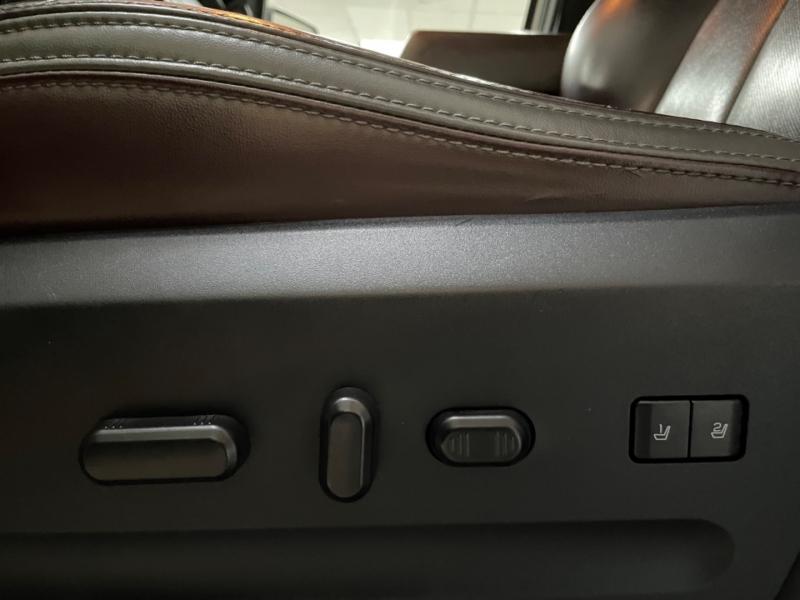 Ford Expedition EL Platinum 4WD 2016 price $23,900