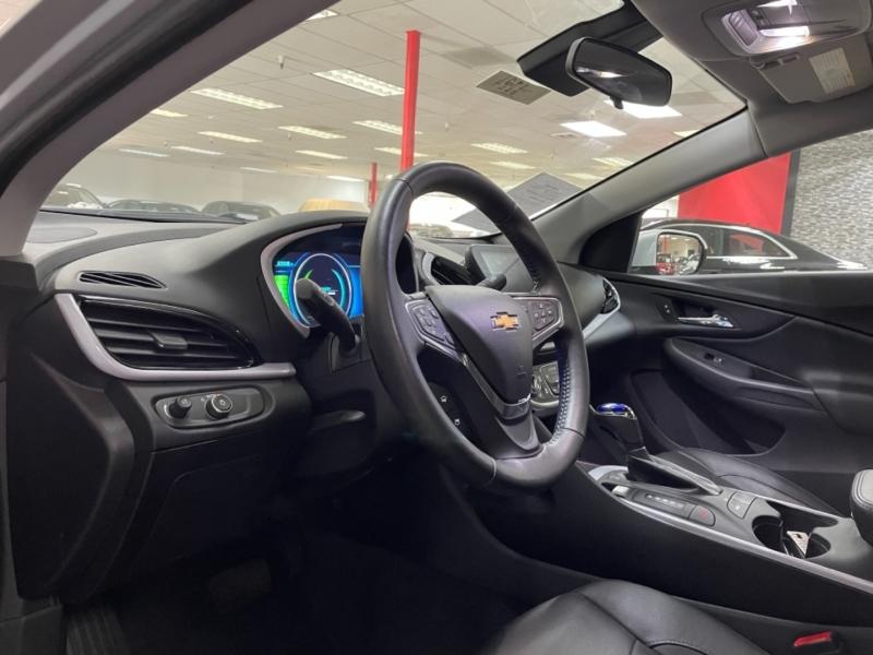 Chevrolet Volt LT 2018 price $19,400