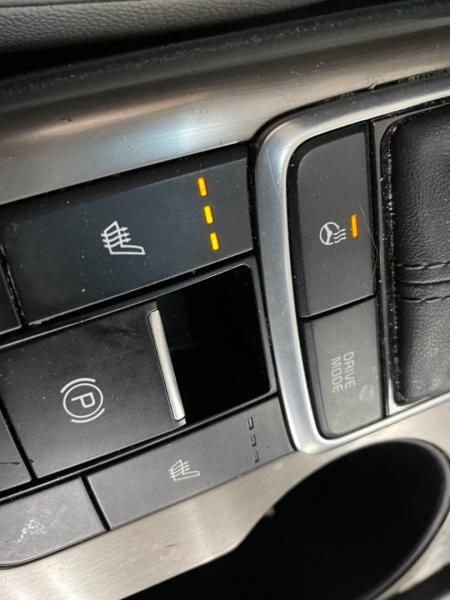 Kia Optima Hybrid EX 2018 price $21,000